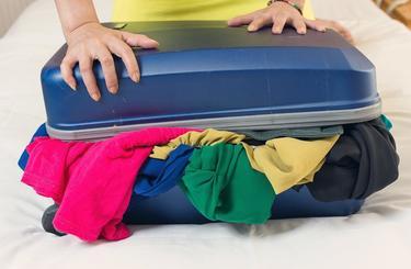c97d47fbf3e30 Čo (ne)pobaliť do príručnej a podanej batožiny?