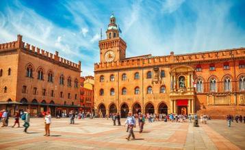 Destination index piazza maggiore bologna