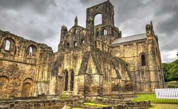 Destination index leeds kirkstall abbey