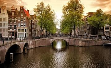 Destination index letenky do amsterdamu