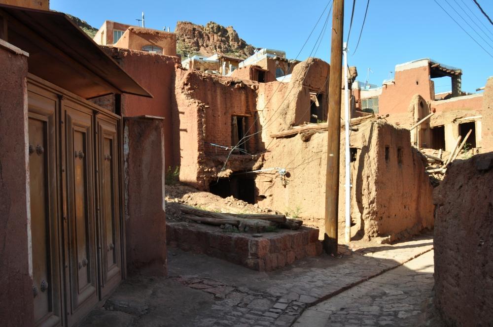 Abyaneh - dedinka plná hlinených červených domov