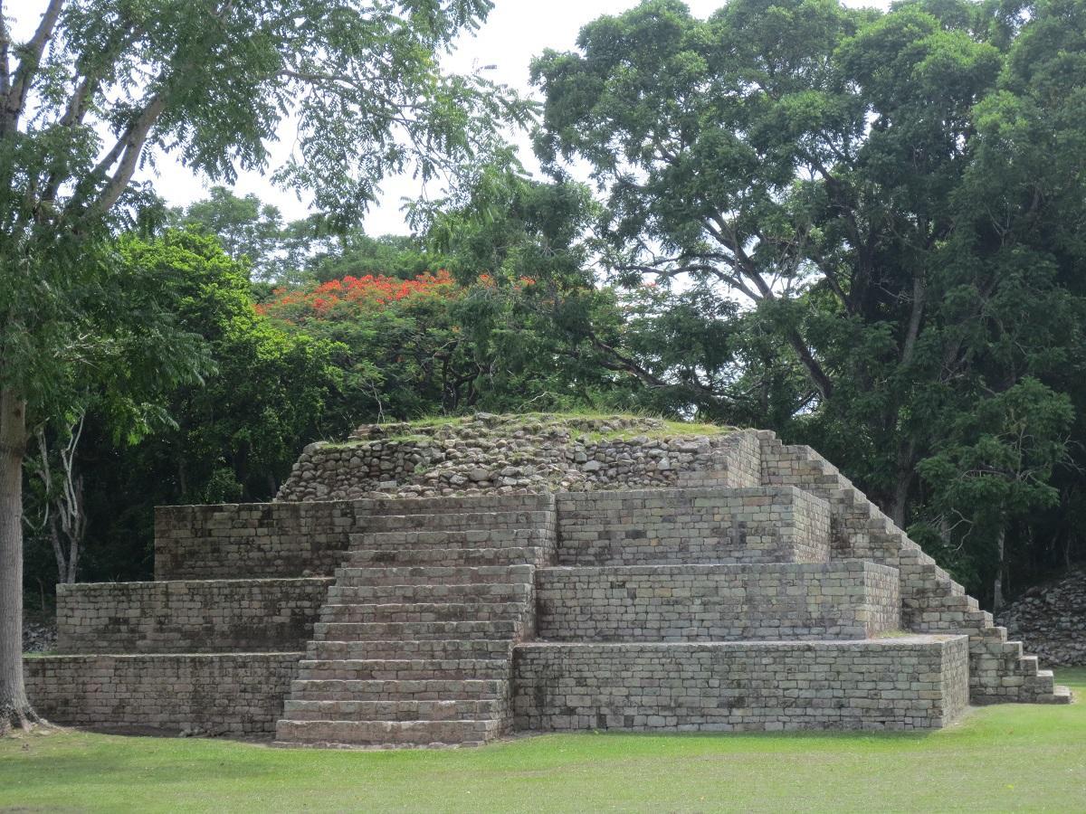 Copán, Nezničiteľný andezitový poklad mayských civilizácií.