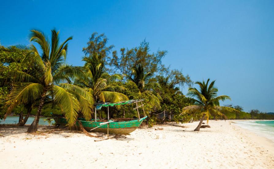 Koh Rong – ostrov v thajskom zálive.