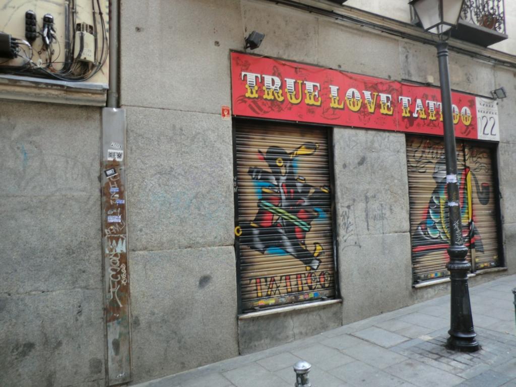 Miesto činu – hostel Enebral – Calle Velarde 22.