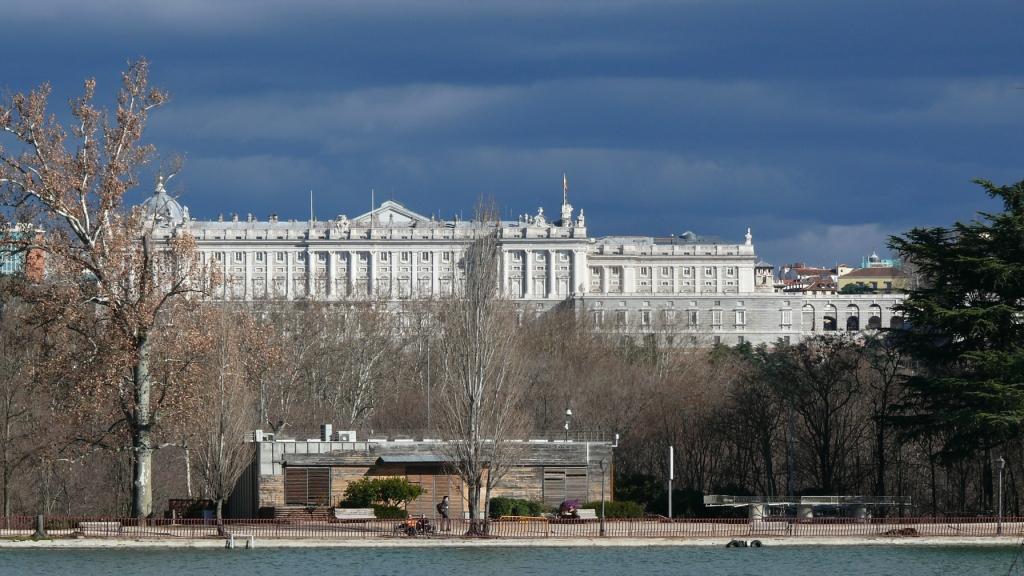 Monumentálny Palacio Real vlastní aj originálnu zbierku hudobných nástrojov firmy Stradivarius.