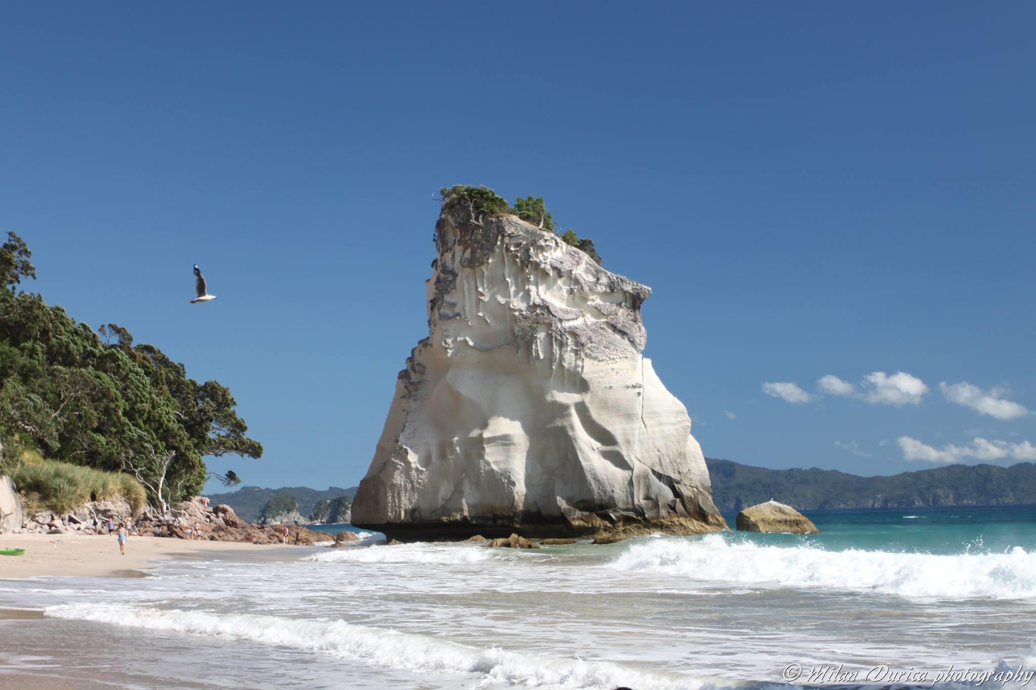 Pláž Cathedral Cove