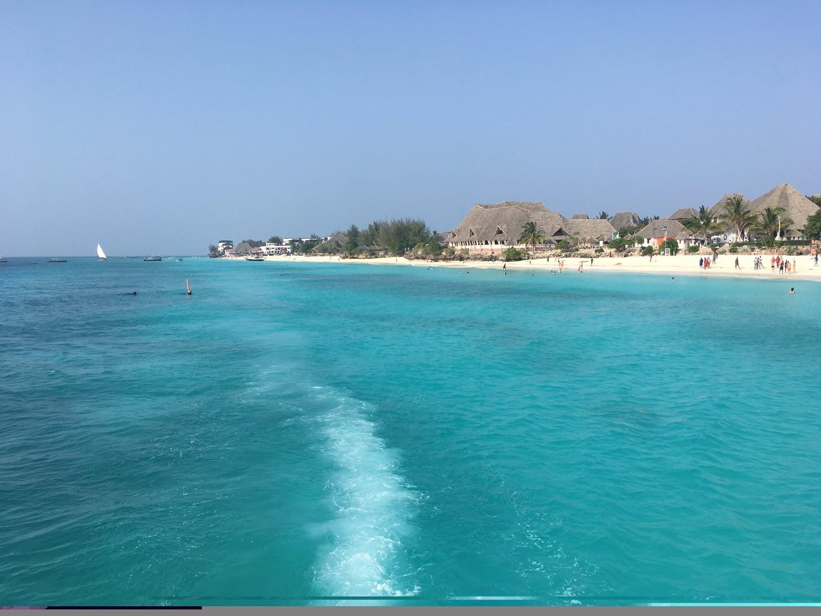 Pohľad z lode na pláž Kendwa, Zanzibar