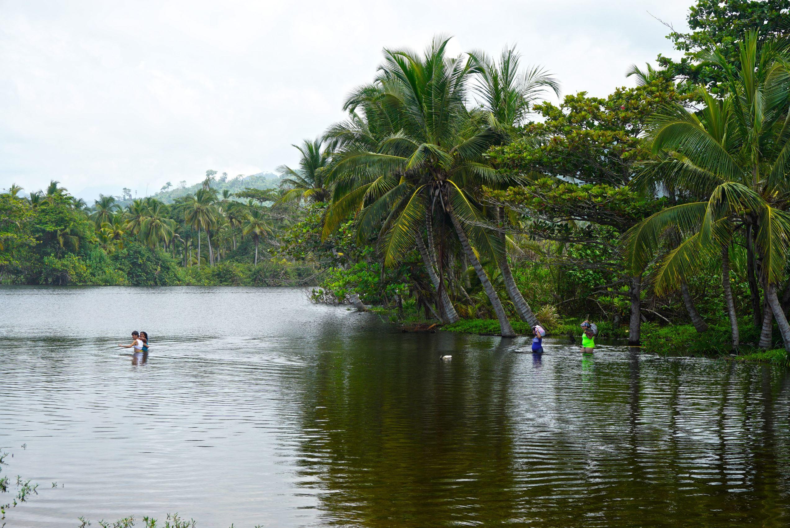 Rieka Mendiguaca ktorá sa vlieva do Karibského mora