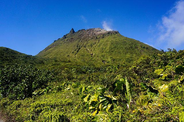 Soufrière - aktívny stratovulkán nachádzajúci sa na západnej polovici ostrova Guadeloupe