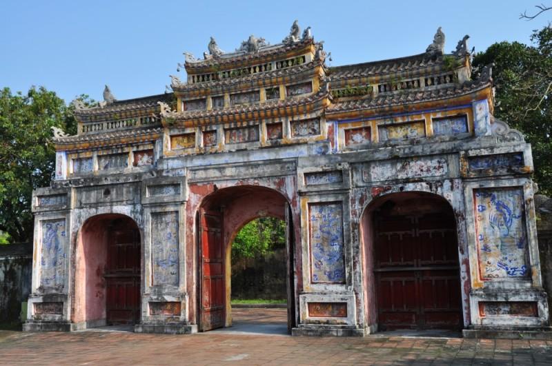 Hue – cisárske Hue je mestom s najkrajšími bránami.