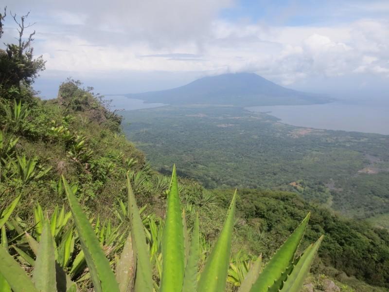 Osudový výstup na sopku El Concepción na ostrove Ometepe v Nikaragui.